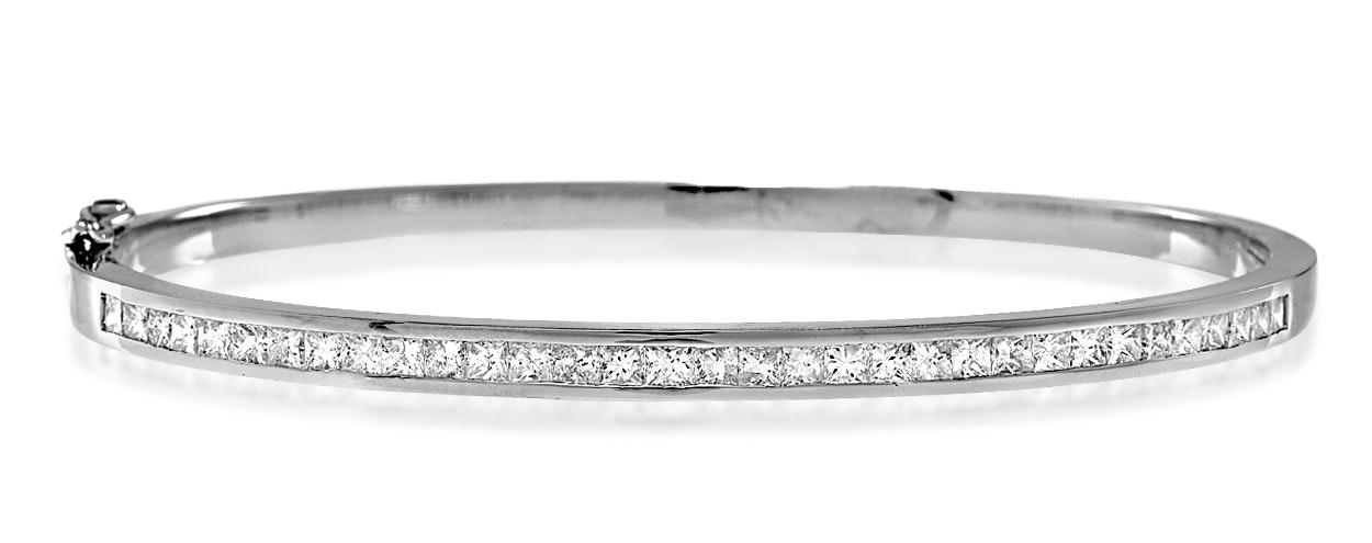 18K White Gold Diamond Bangle 1.50ct H/Si